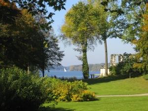 Schloss Glienicke, Blick auf die Havel)